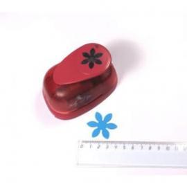 Пънч- маргаритка - 3.7 см