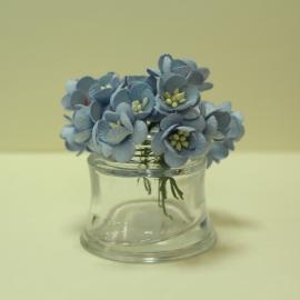 Черешов цвят - синьо-лилав
