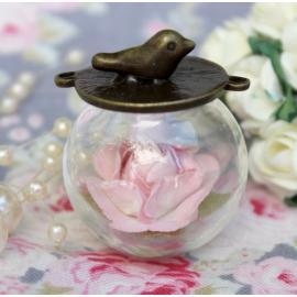 Стъклена висулка - топка с птиче