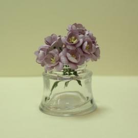 Черешов цвят - лилав